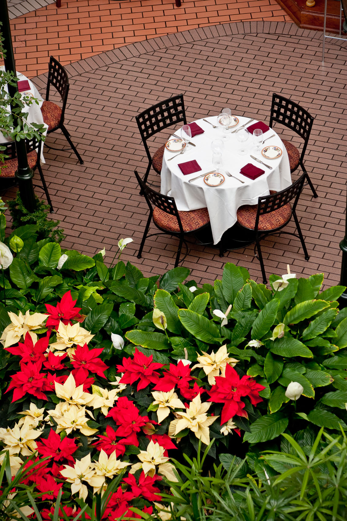 Location Photograph of a Table at Ravello Restaurant in the Gaylord Opryland Resort in Nashville, TN | J. Eldon Zimmerman Photography | Lancaster, PA Commercial Photographer